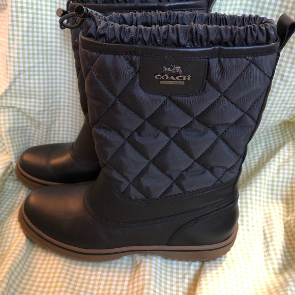 Coach quilted boots women's 7